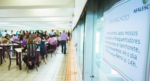 Assembleia fecha restaurante e anuncia licitação em 90 dias para nova prestadora de serviço