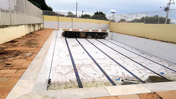 Aberta licitação para reformar piscina e refeitório