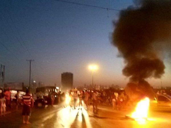 Moradores protestam por infraestrutura na saída para Chapada e causam congestionamento