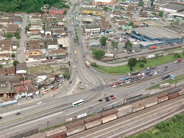 Primeiro edital para iniciar obras na entrada de Santos será lançado