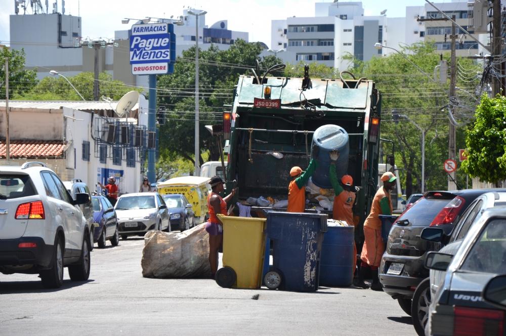 PMA prorroga processo de licitação de limpeza pública