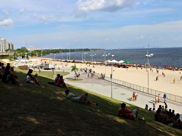 Prefeitura abre licitação para novos serviços na Ponta Negra, em Manaus