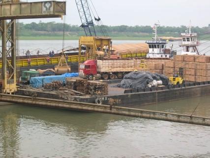 Falta de dragagem no rio Madeira preocupa transporte na Amazônia