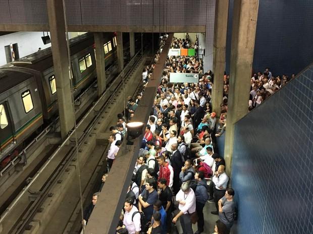 Metrô do DF licita troca do sistema de telefonia e sonorização nas estações