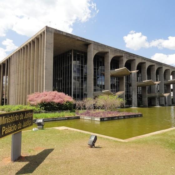 Palácio da Justiça precisa de reparos emergenciais