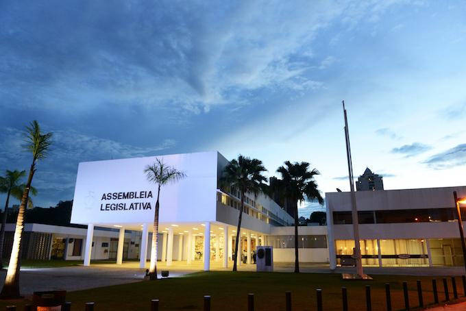 Deputado cobra mudança da sede da Assembleia Legislativa