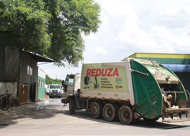 Audiência e licitação públicas sobre coleta de lixo ocorrem neste ano