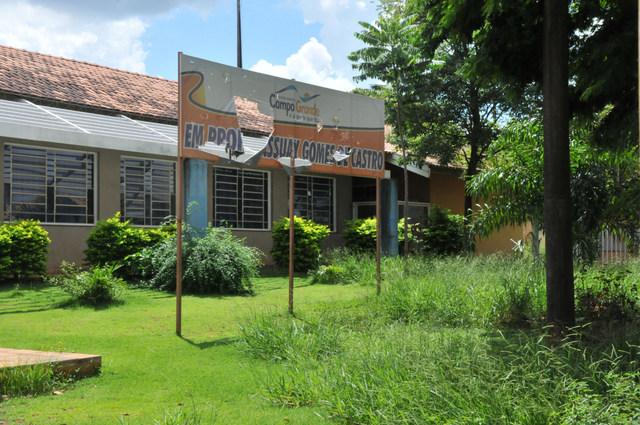 Prefeitura suspende licitação para terceirizada na limpeza de escolas