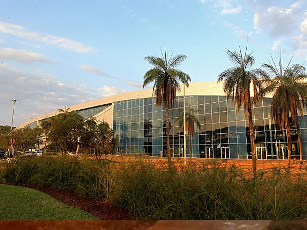 Tribunal de Contas do DF suspende licitação do Centro de Convenções