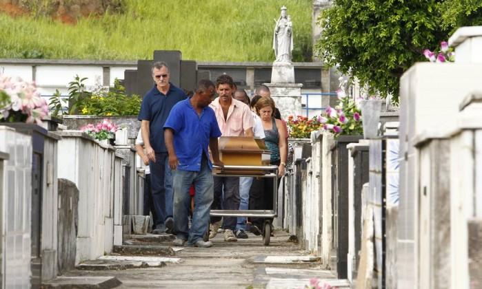 Cemitério do Maruí terá R$ 1,3 milhão para ampliação