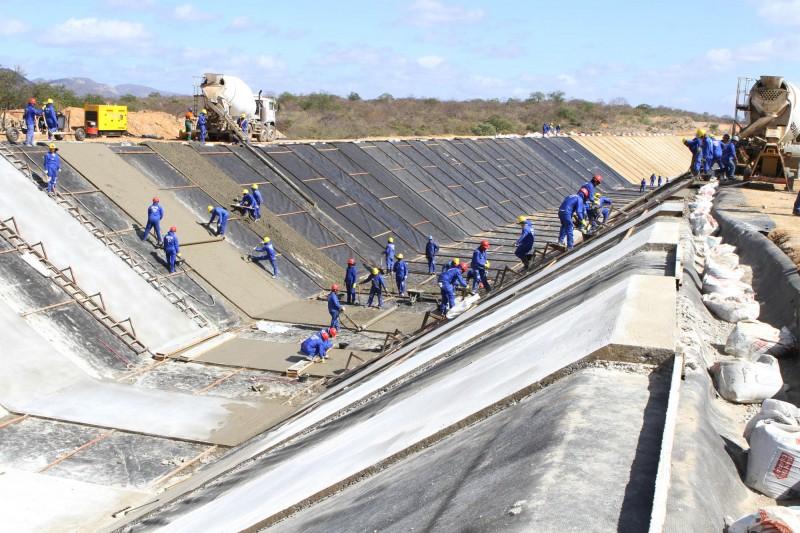 Governo Federal diz que água da Transposição chega a CG em abril