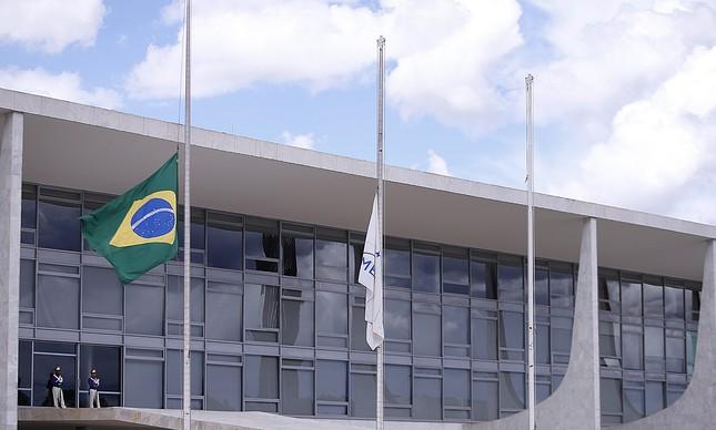 Planalto faz licitação para propaganda e o tema é direitos humanos