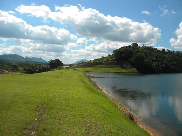 Construção de sete barragens vai reforçar abastecimento de água no Estado
