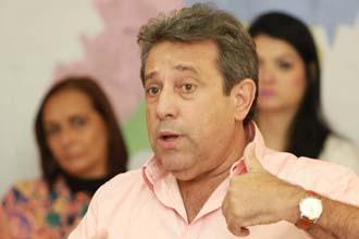 A pedido do secretário interino de Serviços Urbanos, Antônio de Oliveira, a prefeitura irá realizar licitação para execução de construção funerárias, nos cemitérios municipais