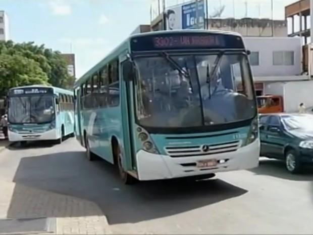 Duas empresas exploram o serviço na cidade (Foto: Reprodução/Inter TV)