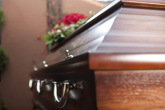 Sem interessados na 1ª concorrência, Anchieta lança nova licitação para serviços funerários