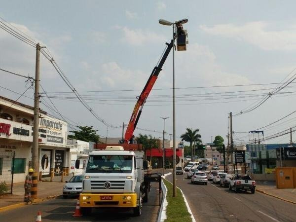 Prefeitura abre licitação para comprar mais lâmpadas de LED
