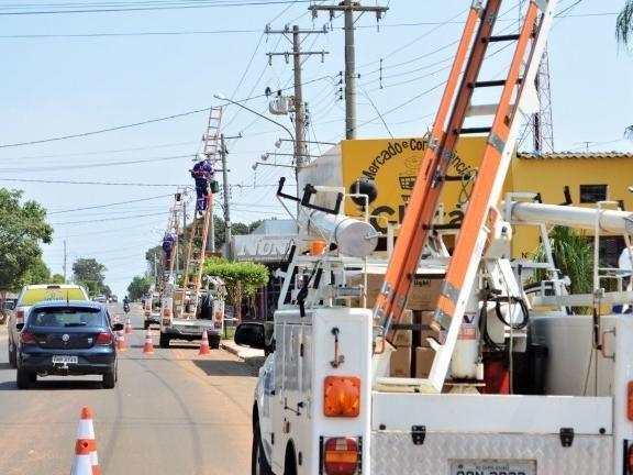 Prefeitura abre licitação para contratar instalação de 46,2 mil lâmpadas de LED
